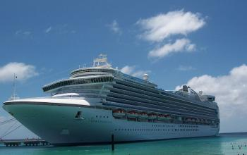 Crown Princess----Caraïbes de l'Est : Princess Cays, St-Thomas, Antigua, Ste-Lucie, Barbade, St-Kitts----